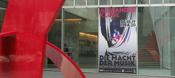 """Pressestimmen und Bilder zur Ausstellung """"Alexander Kluge – Die Macht der Musik"""""""