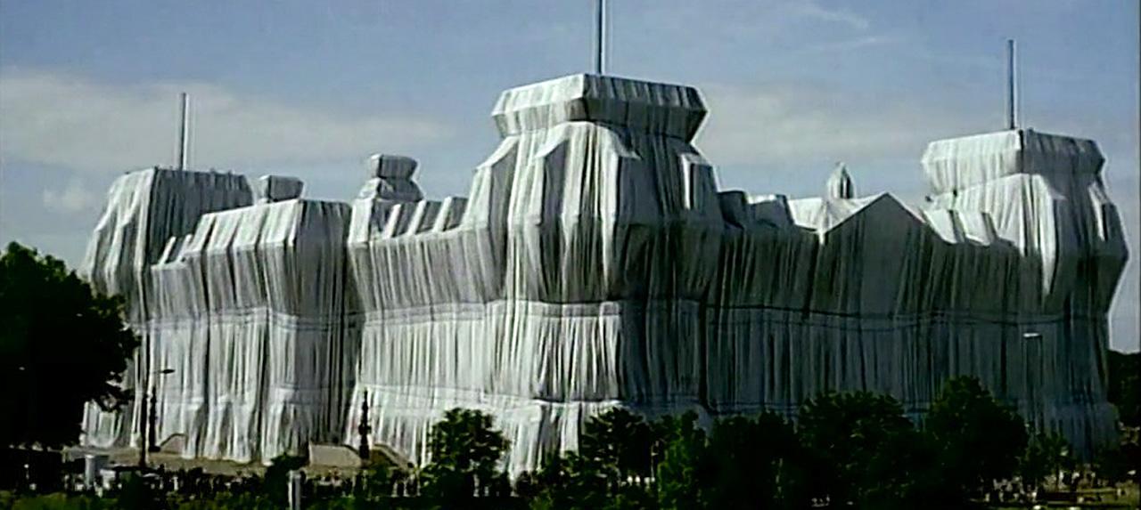 """Neu auf dctp: Vom """"Reichsaffenhaus"""" zum """"Wrapped Reichstag"""""""